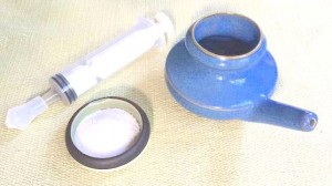 neti pot and plunger