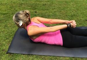 Salabhasana - yoga mudra arms